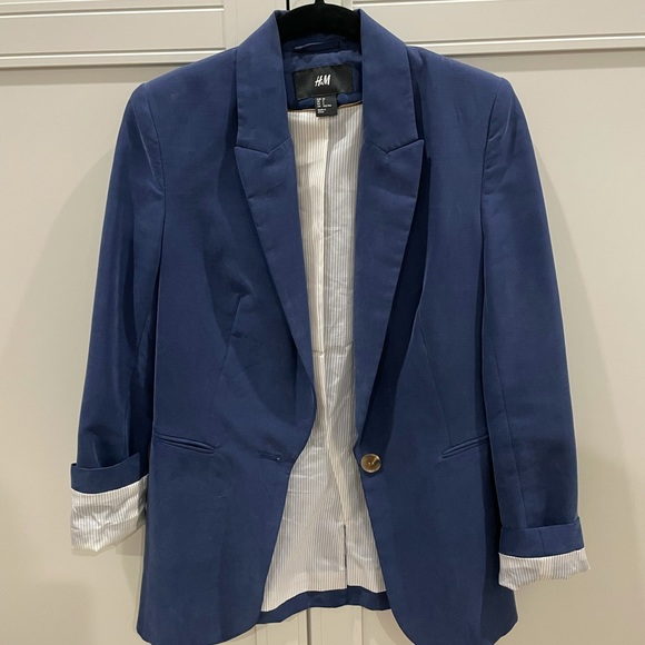 Navy Blue H&M Blazed with brown button details